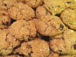 Ginny's Oatmeal-Raisin Almond Cookies Closeup